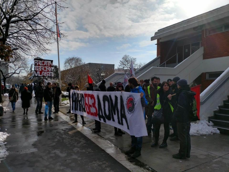Mieter*innen-Protest vor Belgrader Gericht